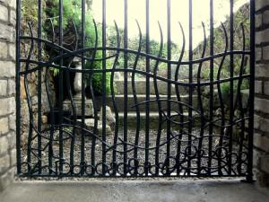 john-hogan-hand-forged-ironwork-georgian-art-nouveau-gates-blacksmith-mayo-ireland-gates-2-1